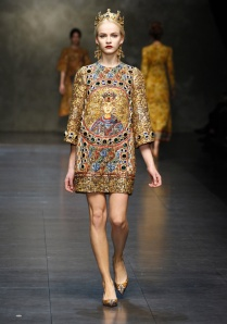 dolce-and-gabbana-fw-2014-women-fashion-show-runway-05