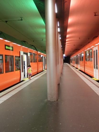 Bahnhof RBS, Bern, 13h