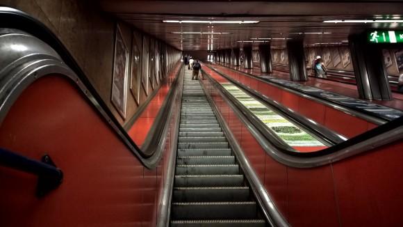 escalator_kálvin tér_3